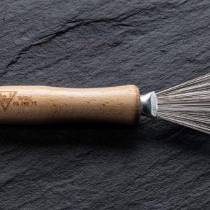 Kamm- und Bürstenreiniger mit Holzgriff 95.385.75zum Preis von 6.96 zzgl. Versand Hersteller : Heiko Wild